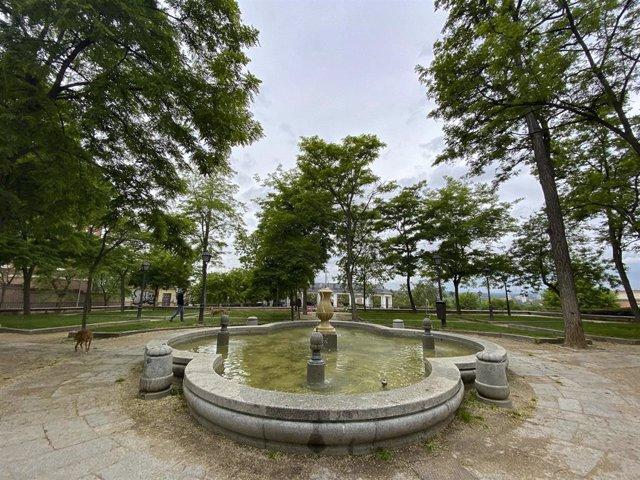 Imagen del Parque de las Vistillas en la capital, completamente vacío poco antes de San Isidro