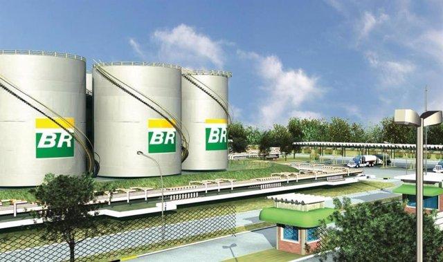 Economía.- Petrobras pierde 7.728 millones en el primer trimestre