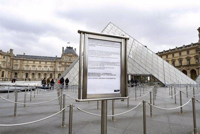 Imágenes del Museo del Louvre en París (Francia) en el primer trimestre de 2020 tras iniciarse la crisis del Covid-19
