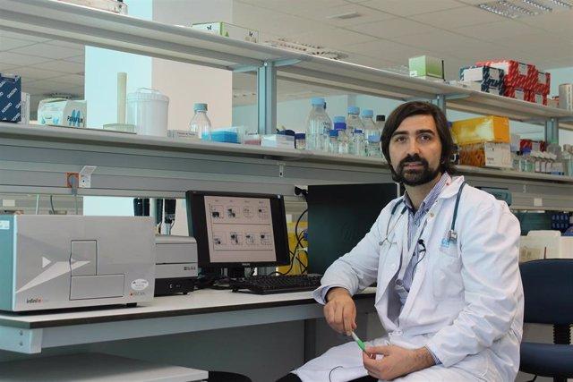 El doctor Antonio Pérez-Martínez, que investiga contra la leucemia infantil