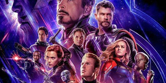 2. Genial póster alternativo de Vengadores con Tom Cruise, Joaquin Phoenix, Emily Blunt...