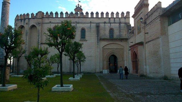 Monasterio de San Isidoro del Campo, en Santiponce (Sevilla), una de las localidades sin restricciones horarias para pasear o practicar deporte al tener menos de 10.000 habitantes.