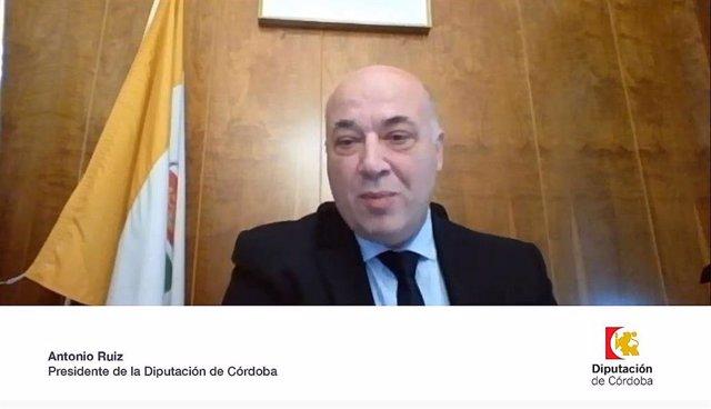 El presidente de la Diputación de Córdoba, Antonio Ruiz, participa en el encuentro telemático organizado por Radio Córdoba-Cadena SER
