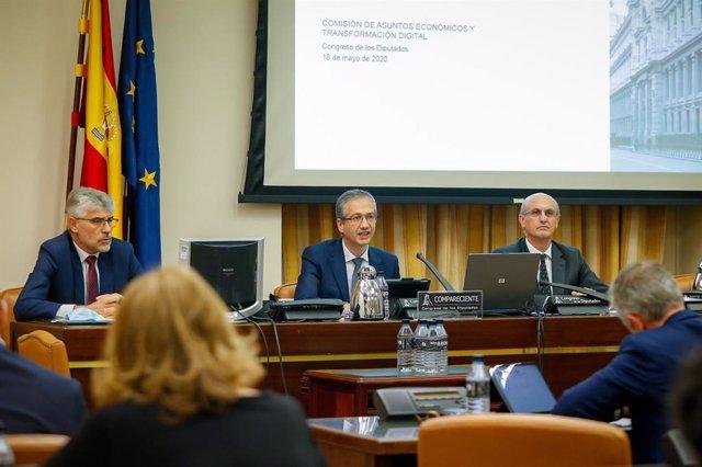 El gobernador del Banco de España, Pablo Hernández de Cos, comparece ante la Comisión de Asuntos Económicos y Transformación Digital en el Congreso