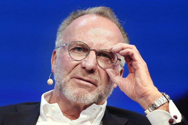 Karl-Heinz Rummenigge durante una comparecencia en un congreso