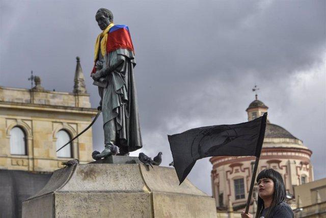 Protesta a Bogotà contra el president colombià, Iván Duc. (Imatge d'arxiu)