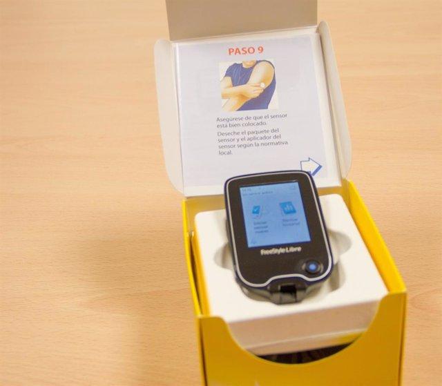 Imagen de archivo del sistema flash de monitorización de glucosa.