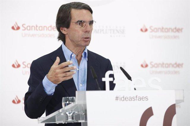 El expresidente del Gobierno y presidente de la Fundación FAES, José María Aznar, ofrece la conferencia de clausura del curso 'España: calidad democrática, cohesión y futuro del bienestar'  dentro de los Cursos de verano de El Escorial 2019.