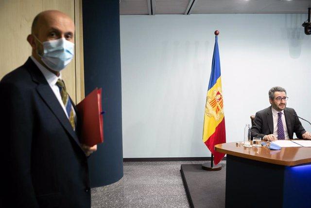 El ministre de Salut, Joan Martínez Benazet, i el ministre Portaveu, Eric Jover.