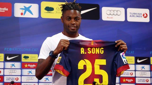 """Fútbol.- Alex Song: """"El Barça me dijo que no iba a jugar mucho, pero no me impor"""