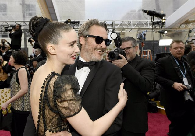 Rooney Mara And Joaquin Phoenix Attends The 92Nd Annual Academy Awards At Hollywood