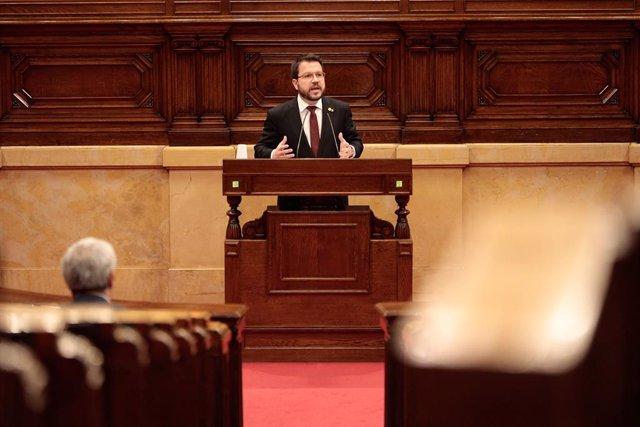 El vicepresident del Govern i conseller d'Economia i Hisenda, Pere Aragonès, en el ple del Parlament de Catalunya per aprovar els Pressupostos de la Generalitat 2020. A Barcelona, el 24 d'abril de 2020.