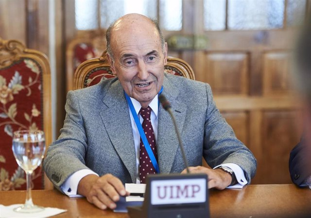 Miquel Roca, abogado, en la UIMP