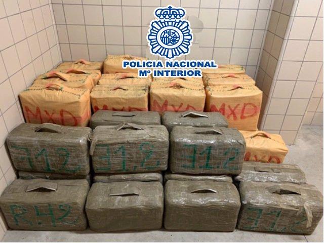 [Gruposuccessoscat] La Policia Nacional Deté A Tres Persones I Aprehende 1340 Kg. D'Haixix En Una Operació Contra El Narcotràfic Internacional