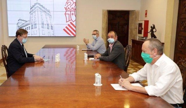 Reunión de Puig con la CEV y los sindicatos
