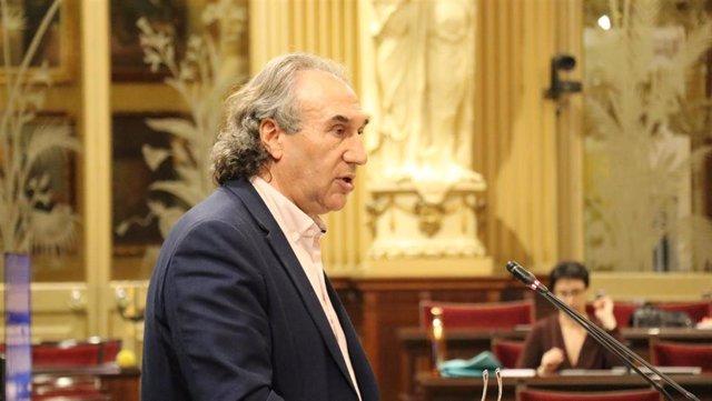 El conseller de Educación y Universidades, Martí March