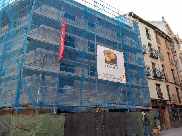 El Ayuntamiento de Logroño ha aportado este año un total de 1,35 millones de euros para en torno a un centenar de ayudas a la rehabilitación, que han derivado en una inversión privada inducida superior a los 4 millones de euros