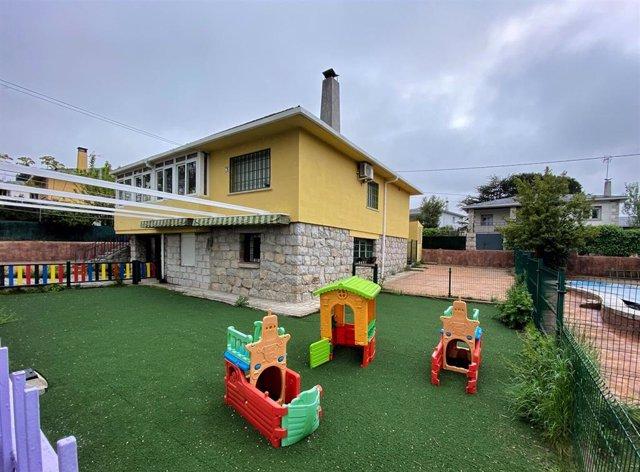 Parque y zonas exteriores pertenecientes a una escuela infantil