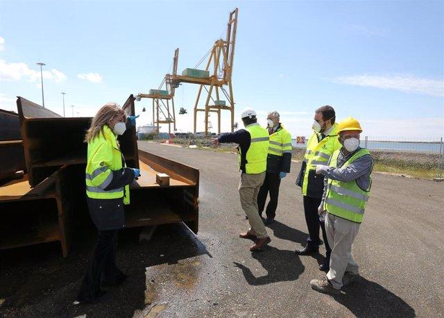 Visita a las obras de ampliación del Muelle Sur.