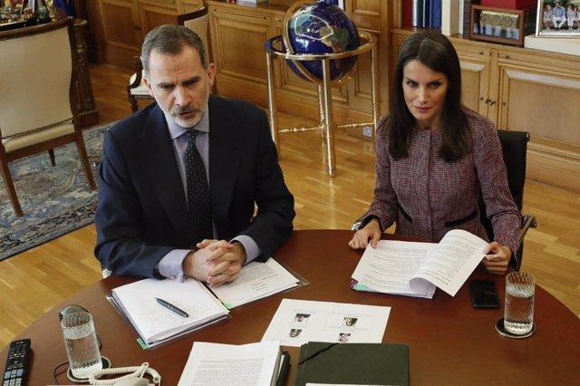 Los Reyes, con trabajadores y directivos del Metro de Madrid