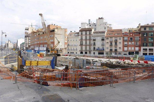 Las obras en Málaga van retomando la actividad durante la pandemia del COVID-19,