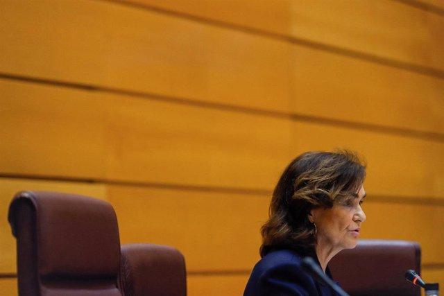 La vicepresidenta primera y ministra de la Presidencia, Relaciones con las Cortes y Memoria Democrática, Carmen Calvo,  en el Senado.