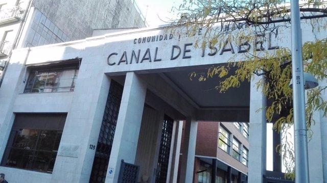 Imagen de recurso de la fachada de la sede del Canal de Isabel II.