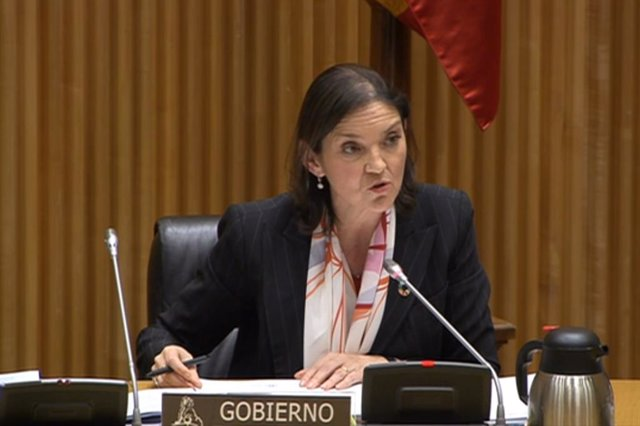 La ministra Reyes Maroto en la Comisión de Industria, Comercio y Turismo en el Congreso de los Diputados