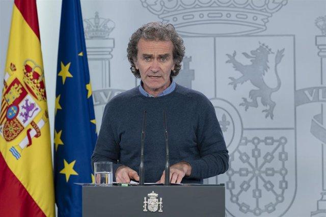 El director del Centro de Coordinación de Alertas y Emergencias Sanitarias, Fernando Simón, durante la primera rueda de prensa por la tarde tras la reunión del Comité de Gestión de la Desescalada, en Madrid (España) a 18 de mayo de 2020.