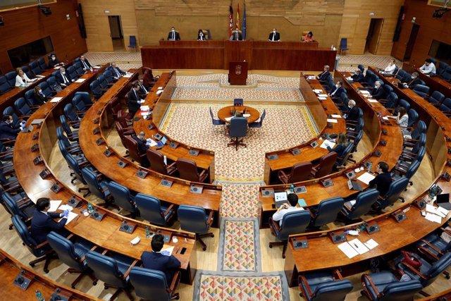 Vista general del pleno de la Asamblea de Madrid. Archivo.