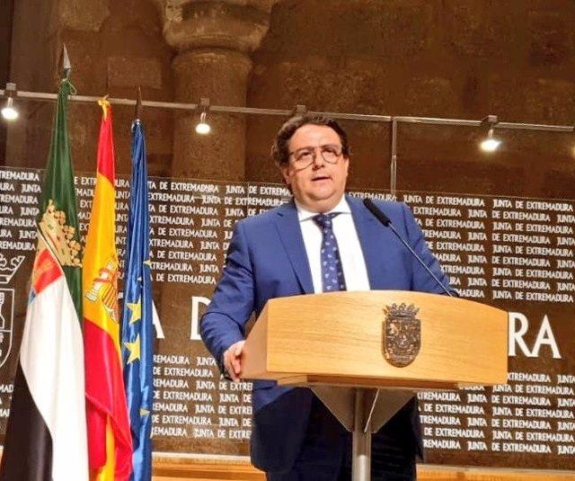 El vicepresidente segundo y consejero de Sanidad, José María Vergeles