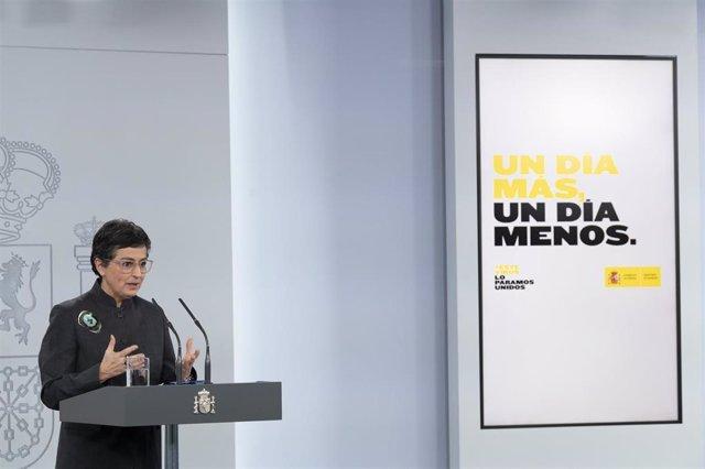 La ministra de Asuntos Exteriores, UE y Cooperación, Arancha González Laya, en rueda de prensa telemática en el Palacio de la Moncloa para informar del Consejo Europeo del 23 de abril de 2020