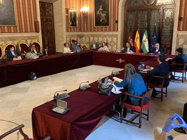 Imagen de archivo de la comisión de reactivación de la ciudad de Sevilla