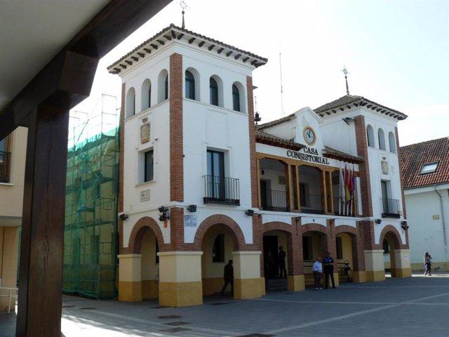 Imagen de recurso de la fachada del Ayuntamiento de Pinto