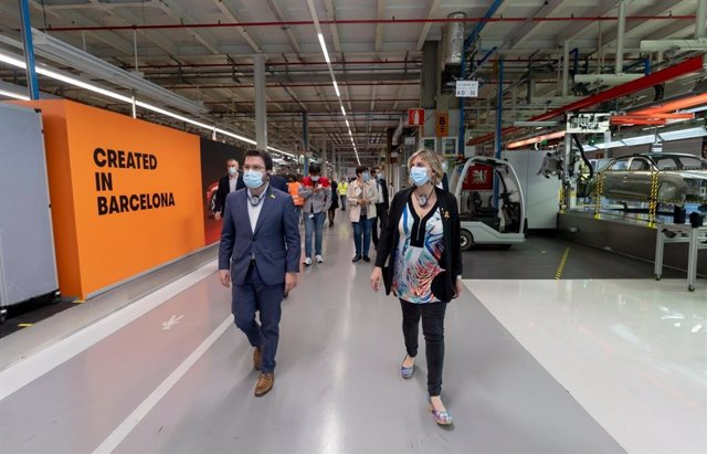 El vicepresidente del Govern, Pere Aragonès, y la consellera de Salud, Alba Vergés, en una visita a Seat.