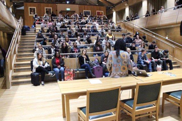 Coronavirus.- La universidad británica de Cambridge no tendrá clases presenciale