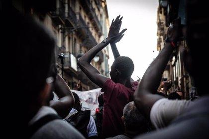 """ONG celebran la prórroga de residencia y trabajo a extranjeros pero piden """"un paso más"""" y regularizar a 'sin papeles'"""