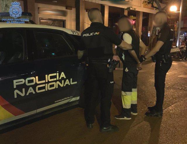 La Policía Nacional detiene a un hombre por un delito de amenazas en Palma