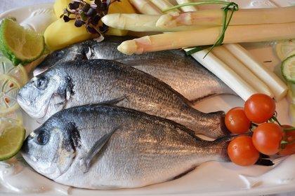 Comer pescado reduce el riesgo cardiovascular