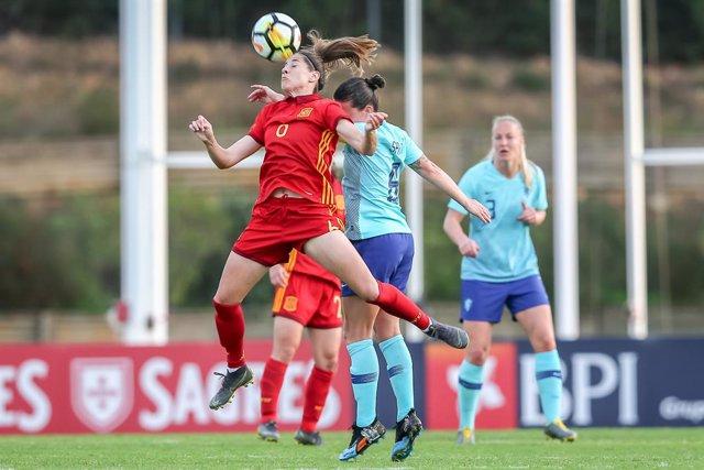 Fútbol.- Vicky Losada, profesora de castellano en la Fundación UEFA