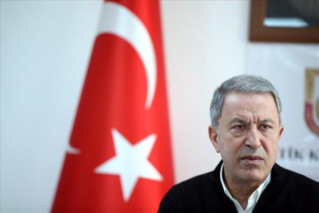 El general Hulusi Akar, ministro de Defensa de Turquía