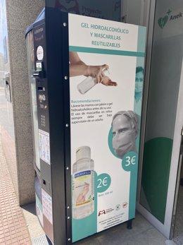 El Proyecto Salvavidas lanza una máquina expendedora de mascarillas reutilizables y geles hidroalcohólicos