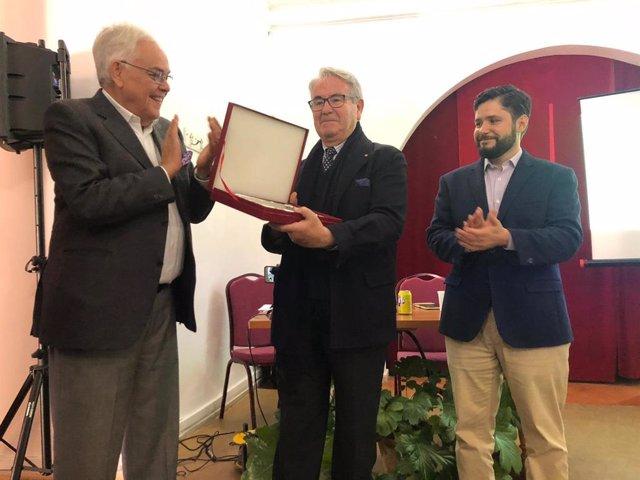 La Universidad de Harvard realiza un homenaje a Arcadio Calvo, cronista de Almag