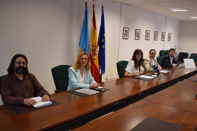 La delegada del Gobierno en Melilla, Sabrina Moh, en su reunión con responsables de Salud Pública, Sanidad, Educación y Cultura