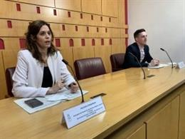 La primera teniente de alcalde y concejala de Promoción Económica, Maider Etxebarria, y el concejal de Comercio, Igor Salazar