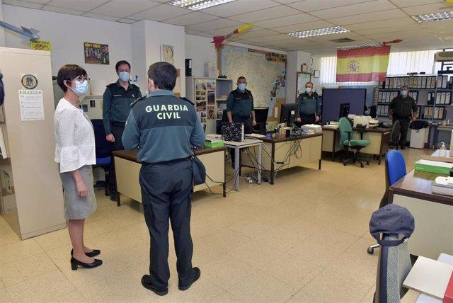 La directora general de la Guardia Civil, María Gámez, ha visitado la unidad técnica NRBQ, intregrada en el Servicio de Desactivación de Explosivos y NRBQ del Cuerpo.