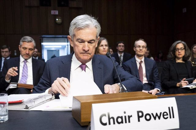 November 13, 2019 - Washington, DC, United States: Federal Reserve Chairman Jerome Powell preparing to speak at a hearing of the Joint Economic Committee. (Michael Brochstein/Contacto)