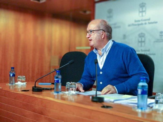 El diputado del PP en la Junta General Luis Venta.