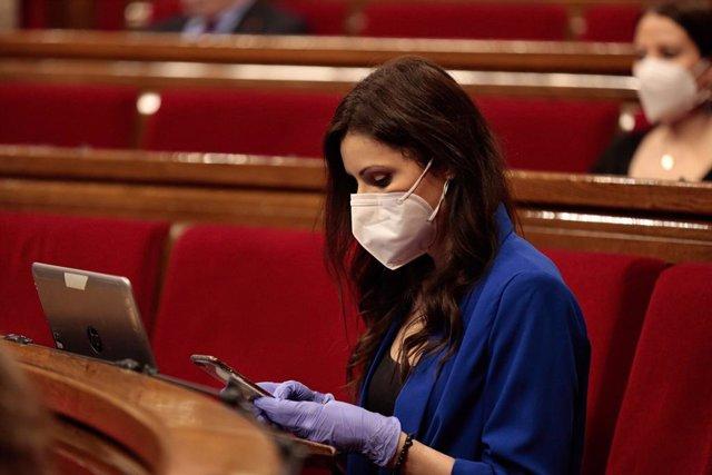 La líder de Cs en el Parlament, Lorena Roldán, en el ple del Parlament del 21 de maig de 2020.