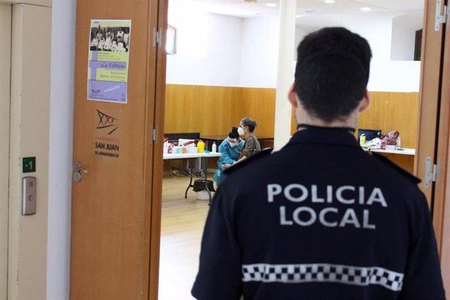 Realización de las pruebas del Covid-19 a la plantilla municipal de San Juan de Aznalfarache (Sevilla).